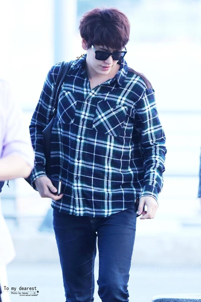 140414_Kyuhyun_at_IncheonAirport1