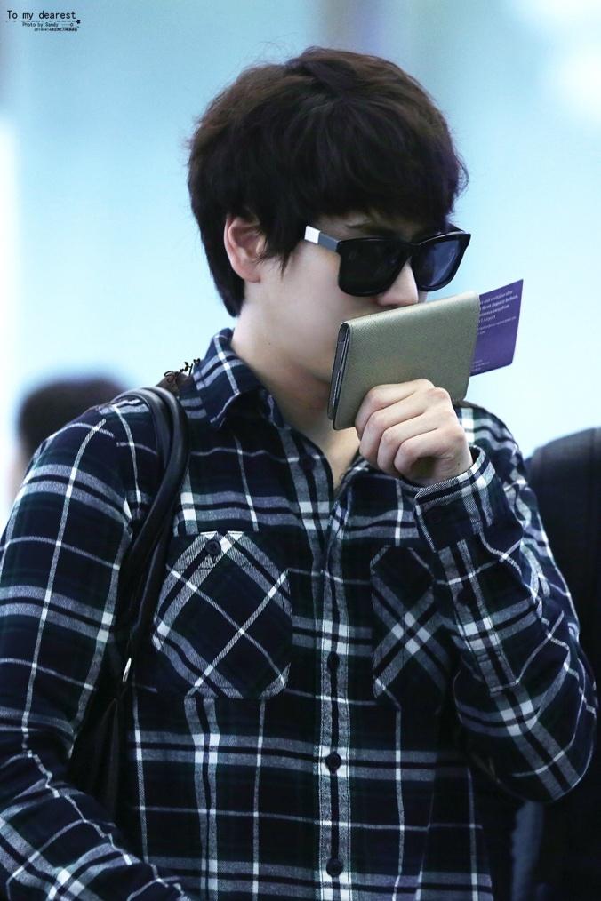 140414_Kyuhyun_at_IncheonAirport3