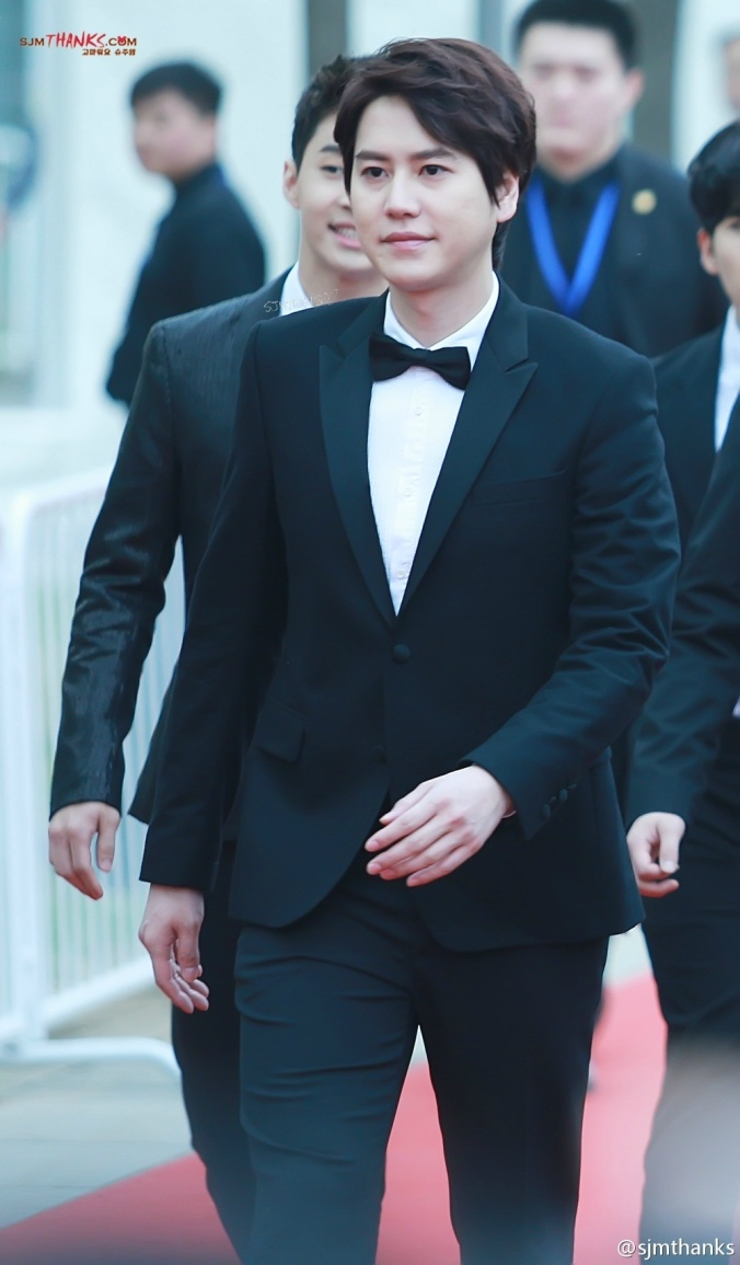 140415 V-Chart Yin Yue Tai Awards with SJ-M  by sjmthanks (2)